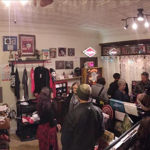 Bloodshot Pop Up Shop Record Store Day