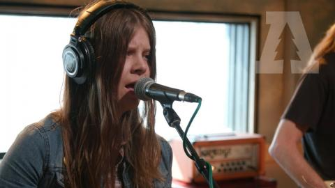 Sarah Shook & the Disarmers - Years | Audiotree Live