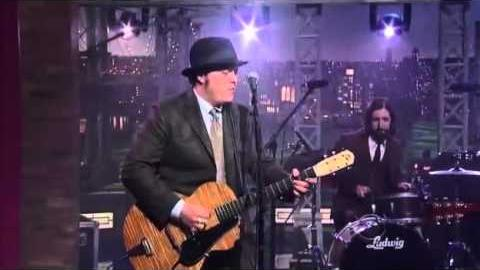 "Justin Townes Earle Performs ""Harlem River Blues"" on Letterman"