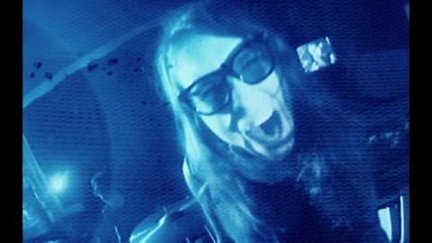 "Laura Jane Grace & the Devouring Mothers ""Apocalypse Now (& Later)"" (Official Music Video)"