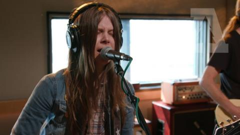 Sarah Shook & the Disarmers - What It Takes | Audiotree Live