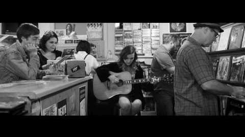 "Lydia Loveless ""Clumps"" (Official Music Video)"