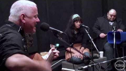 "Jon Langford and Skull Orchard ""Getting Use to Uselessness"" Live at KDHX 2/27/11 (HD)"
