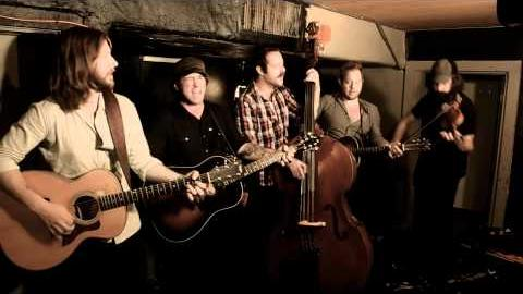 "Chuck Ragan, Cory Branan & the Revival Tour ""Nomad by Fate"" Punks in Vegas Stripped Down Session"