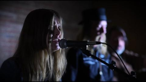 Sarah Shook & the Disarmers - The Bottle Never Lets Me Down - official music video
