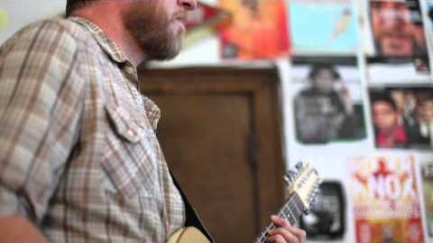 """Lydia Loveless """"Come Over"""" (Live at BSHQ)"""